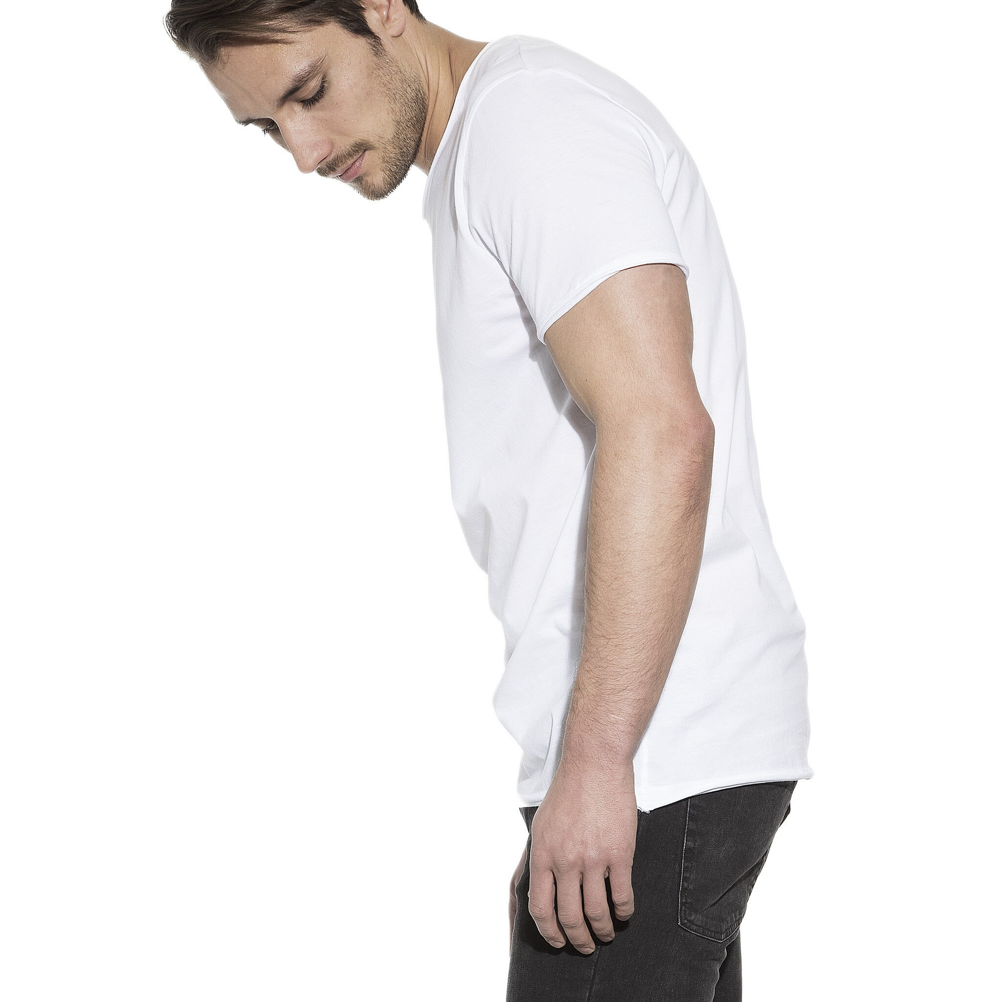 103201_Man_Crew-Neck_relaxed_white_2