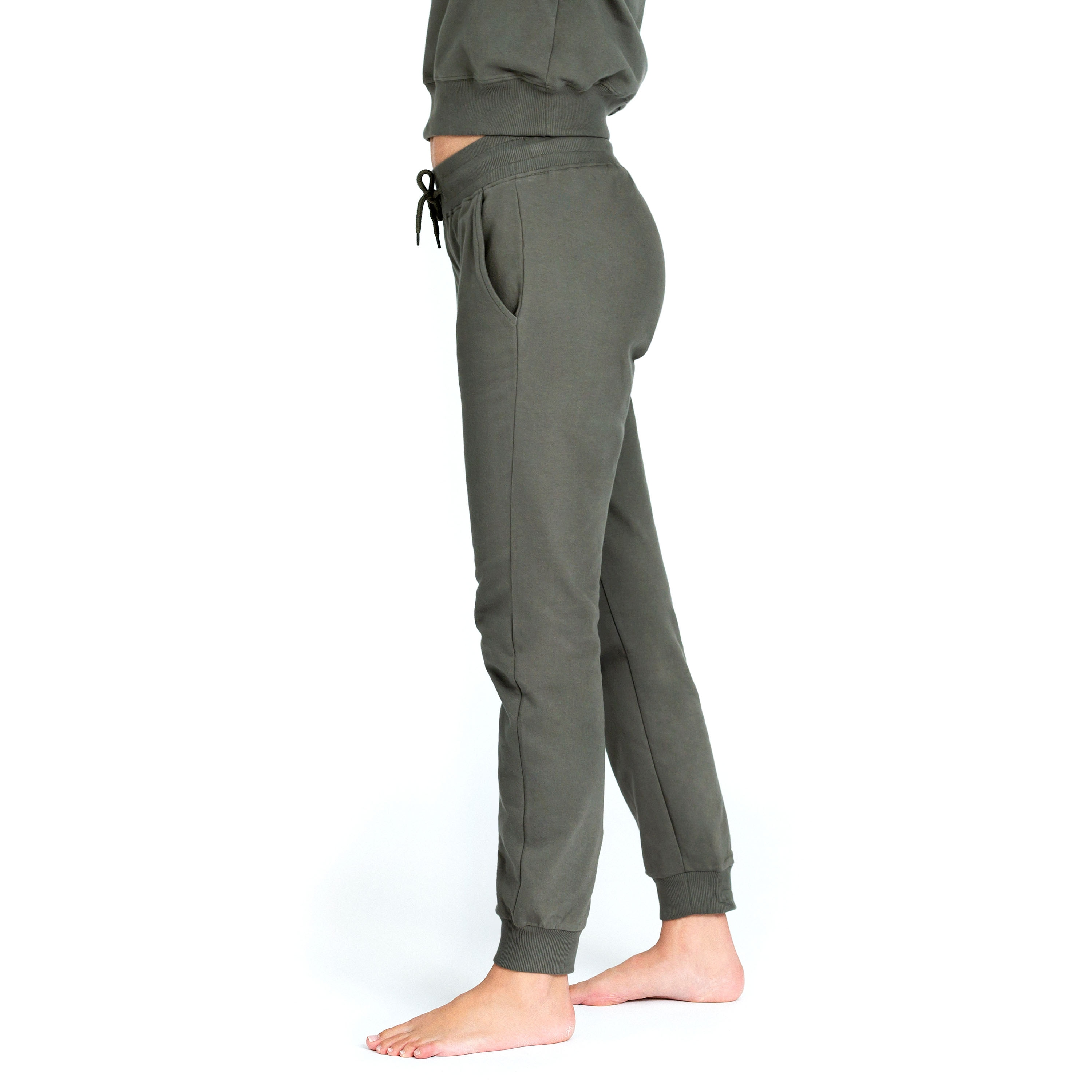 637-40_Lounge-Pant_olive-green_2